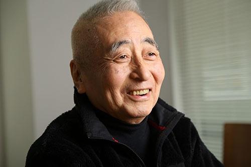 <b>丸山 茂雄(まるやま・しげお)氏。</b><br/>1941年8月、東京都生まれ。66年早稲田大学商学部卒業後、読売広告社に入社。68年CBS・ソニー(現ソニー・ミュージックエンタテインメント)入社。88年にCBS・ソニーグループ取締役。92年にCBS・ソニーがソニー・ミュージックエンタテインメント(SME)に社名変更し、SME副社長に。93年にソニー・コンピュータエンタテインメント(現ソニー・インタラクティブエンタテインメント)を、SMEとソニーの合弁で設立し、副社長に就任。97年にSME副会長。98年2月にSME社長に就任。1999年にSCE副会長。2000年12月にSME取締役へ退く。2001年にSCE会長。2002年にSMEを退職し、SCE取締役へ退く。2007年にSCE取締役を退任(撮影:陶山 勉)