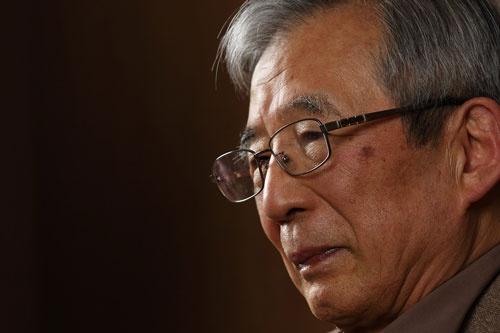 伊庭 保(いば・たもつ)氏。1935年、東京生まれ。59年東京大学法学部を卒業後、ソニーに入社。78年にスイス現地法人のソニー・オーバーシーズ総支配人。83年にソニー・ファイナンスインターナショナル社長兼ソニー商事社長へ就任。86年資材管理本部長。87年にソニー取締役。88年にソニー・プルコ生命保険(現ソニー生命)社長。92年にソニー専務、94年にソニー副社長。95年にソニーCFO就任。99年にソニーCFOを退く。99年からソニー・コンピュータエンタテインメント(現ソニー・インタラクティブエンタテインメント)会長。2000年にソニー副会長、2001年にソニー顧問就任。2004年にソニーフィナンシャルホールディングス会長兼社長。2006年にソニー顧問を退任。(撮影:北山 宏一)