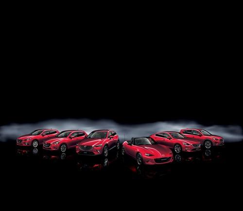 マツダの商品ラインアップ。金井会長は一目でマツダ車と分かることが大事だという