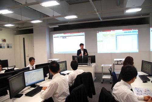 大日本印刷のビル内に設置された「サイバーナレッジアカデミー」