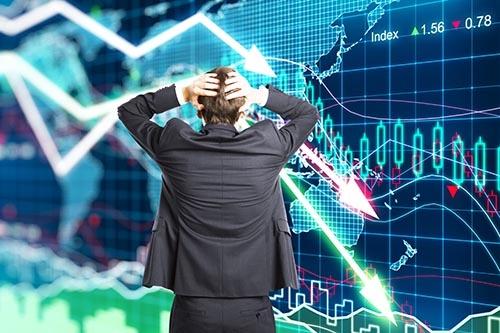 """""""高値づかみ""""は、命とりになる。(画像:iStock.com/peshkov)"""