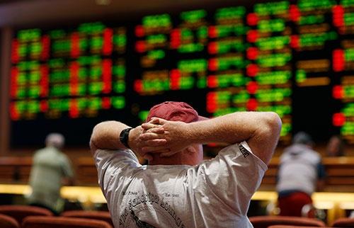 全米州でスポーツ賭博が解禁へ(写真:AP/アフロ)