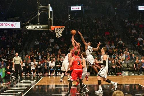 米プロバスケットボール協会(NBA)は、単なるスポーツ興行主ではなく、社会課題を積極的に解決していくプラットフォーマーとしての役割を、競合エンタメとの差別化要因として戦略的に位置づけている。(写真=©Felix Lipov-123RF)