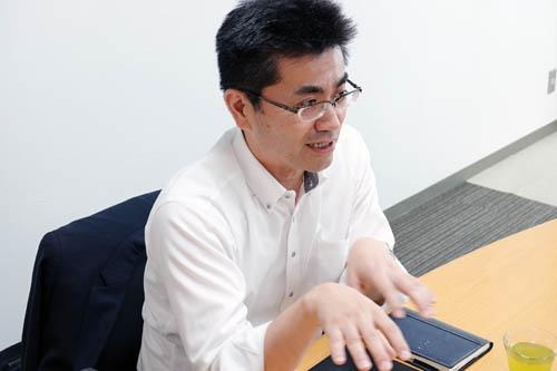 ホンダN-VANの開発者、本田技術研究所の主任研究員、古舘茂さん。
