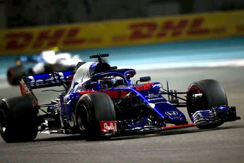 トロロッソ・ホンダの来シーズンのドライバーは、ダニール・クビアトとアレクサンダー・アルボンに決定した。
