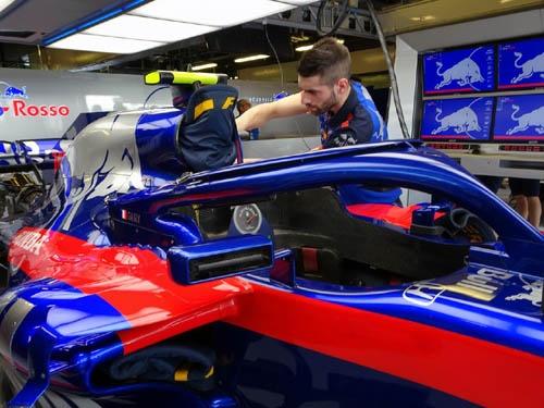F1のレギュレーションは毎年目まぐるしく変わっていく。ドライバーの頭部を保護する「ハロ」も今年から装着が義務付けられたものだ。