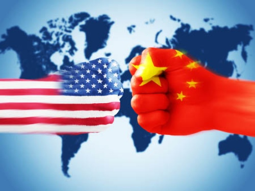 「テクノロジー覇権」を巡る米国と中国の競争は激化するだろう(写真:aquir/123RF)