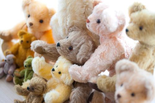 何でクマのぬいぐるみがあるのだろう…(写真:paylessimages / 123RF)