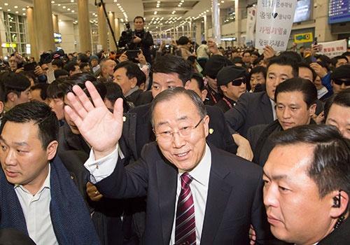 国連事務総長を退任し、韓国に帰国したバン・ギムン氏(写真:Lee Jae-Won/アフロ)