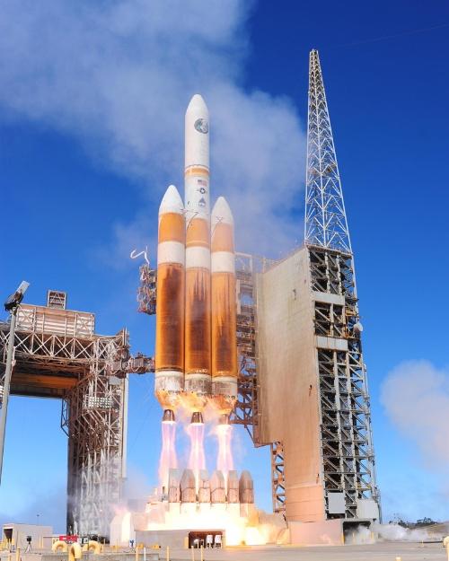 米の安全保障向け大型衛星の打ち上げを一手に行ってきたデルタ4ヘビー(画像:米空軍)