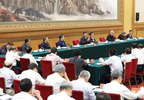 8月27日に北京で開かれた一帯一路推進五周年座談会(写真:新華社/アフロ)