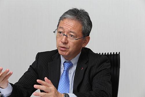 SOMPOケアの奥村幹夫社長。同社は、損保ジャパン日本興亜ホールディングスの介護事業の経営管理を担う(写真:秋元忍)