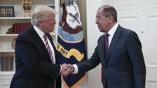 「外交オンチ大統領」の機密漏洩と捜査妨害疑惑