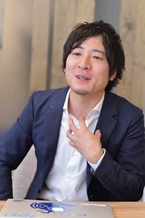 起業してから2~3年は苦戦が続いたという秋好社長(写真:菊池一郎、以下同)