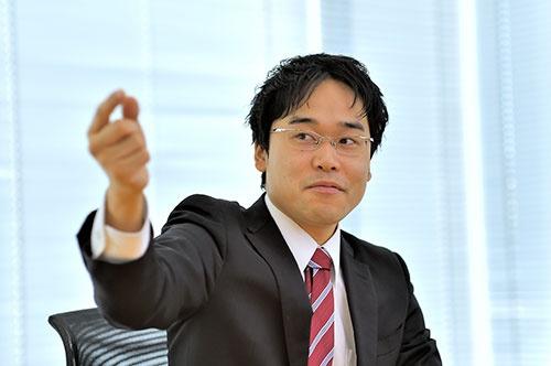 聞き手の斎藤氏も、沖縄について熱く語る