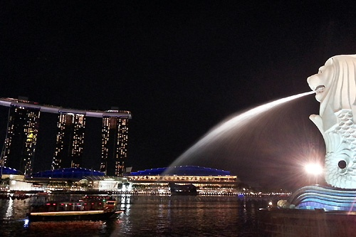 世界中から富が集まるシンガポール。村田マリ氏はここでiemoを創業し、DeNAに売却した