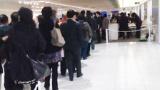 列に割り込む中国人は、怒られたらどうするか?