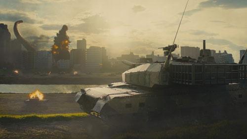 映画「シン・ゴジラ」では首都東京を防衛するため、多摩川の河川敷に戦車部隊が展開した。©2016 TOHO CO.,LTD.