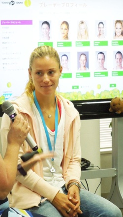 アンゲリク・ケルバー選手は、元世界ランキング1位でグランドスラムで2回の優勝経験がある