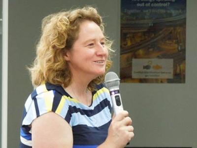 SAP社Global Technology LeadのJenni Lewis氏。「私はSAP社で一番楽しい仕事をしている」と語る