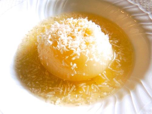 玉ねぎのコンソメスープ煮