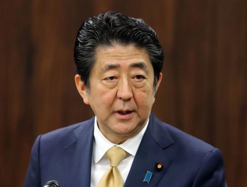 安倍首相の下、改正入管法が成立(写真:つのだよしお/アフロ)