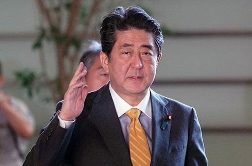 潜水艦の南シナ海への派遣は、安倍首相に事前に知らされていたのか(写真:代表撮影/ロイター/アフロ)