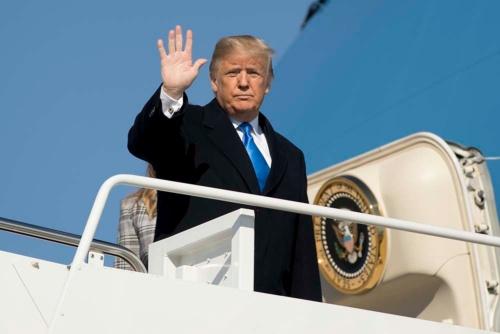 米トランプ大統領は中間選挙に勝利できるか(写真:AP/アフロ)