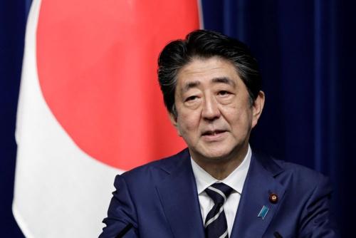 安倍首相は外国人労働者の受け入れ拡大に積極的 (写真:代表撮影/ロイター/アフロ)