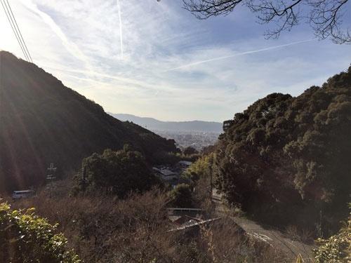 境内からは京都のまちを一望できる