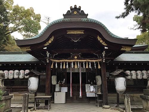 「御霊神社」本殿