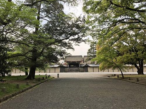 京都御所。幕末、幕府軍と長州藩が武力衝突した(蛤御門の変)