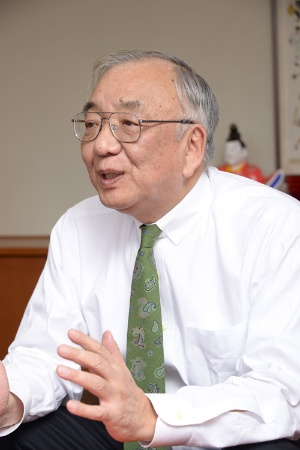 長期的な視点でカープの経営を立て直してきた松田オーナー(写真:橋本真宏)