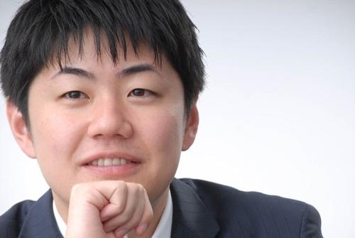 19歳で会社を設立した村上社長。今、29歳(写真:栗原克己)