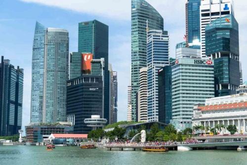 アジアは、年率数%で伸びており、中堅・中小企業にとっても魅力的な市場だ