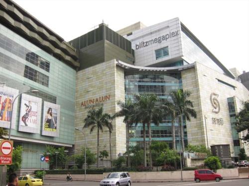 ジャカルタ市内中心部にあるショッピングモールの例。販路を広がれば、ブランド認知が高まる(写真はイメージ)