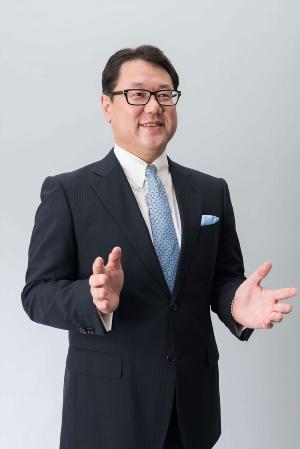 本社と現地法人は管理する側と実行する側という一方的な関係になってはならないと、山下充洋氏は指摘する