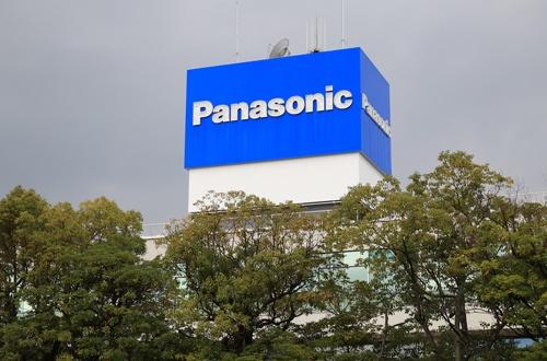 大阪・門真のパナソニック本社(写真:つのだよしお/アフロ)