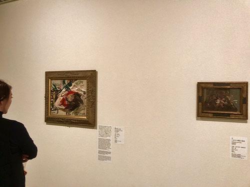 展示風景。左が病気で死んだ次男の姿を描き、途中で筆を止めたという《陽の死んだ日》(1928年、大原美術館)
