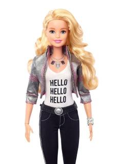 写真1●音声で応答する「Hello Barbie」