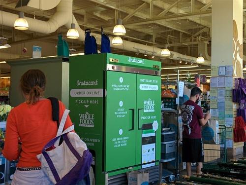 写真3●「Whole Foods Market」にある「Instacart」のロッカー