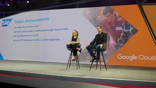 写真1●SAPとの提携を発表するGoogleのDiane Greene上級副社長(左)