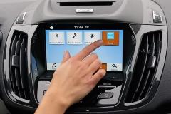 写真2●Alexaボタンを搭載した米Fordの車載端末