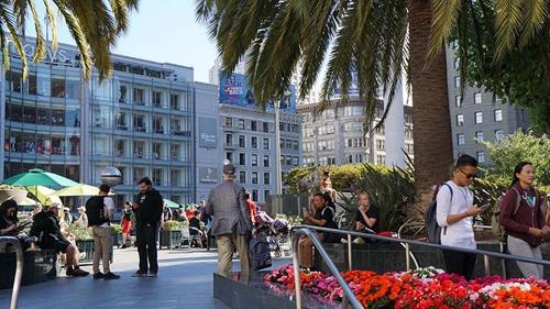 写真4●サンフランシスコの観光名所「ユニオンスクエア」