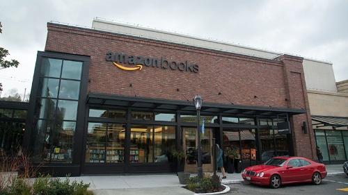 写真2●シアトルの「Amazon books」