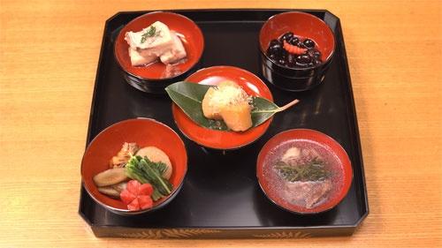 発見された資料から、広岡家の正月料理を再現