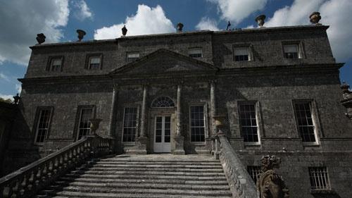 1986年5月21日。アイルランド・ダブリン郊外にある貴族の館でフェルメールの傑作を含む18点の絵画が盗まれた