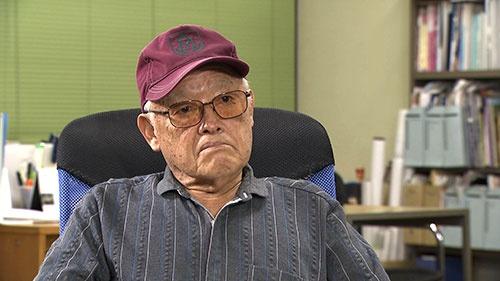 映画プロデューサー 伊地智啓(いじち・けい)。のちに数々のヒット作を手掛けることになる伊地智は、監督昇進目前に、助監督からプロデューサーに転向。ロマンポルノの始動に携わった