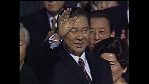 冬ソナブームをいちばん喜んだのは、実は当時の韓国大統領 金大中だった。文化改革を背負った冬ソナの知られざるドラマとは
