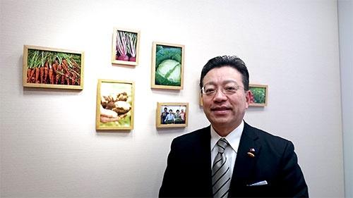 2016年6月に社長に就任する予定の中村栄輔・常務取締役執行役員。1988年の入社から、法務や店舗開発、営業企画などに携わり、2014年度から櫻田厚会長兼社長を補佐してきた。57歳